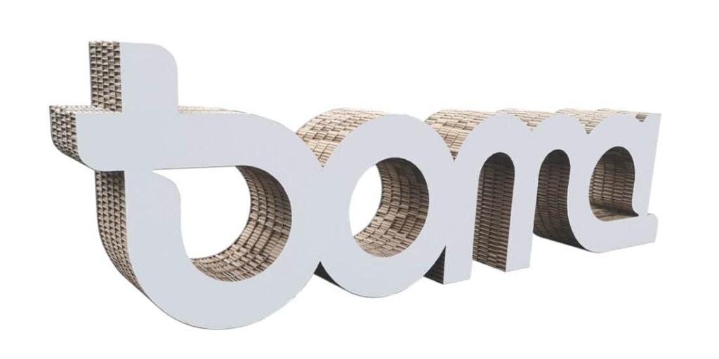 Lettrage en carton recyclé et recyclable. Lettrage en carton 100% Made In France. Lettrage en carton résistant et léger.