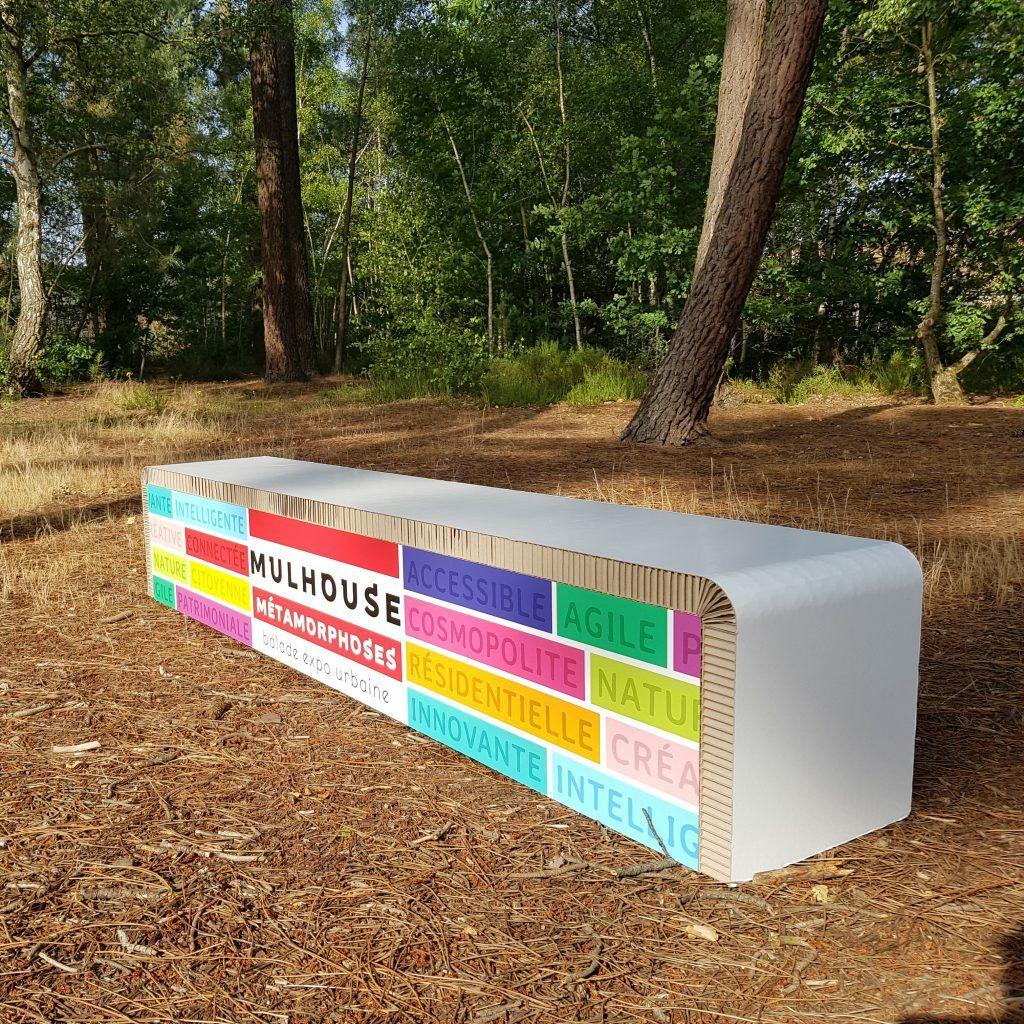 Mobilier sur-mesure en carton recyclé et recyclable. Mobilier sur-mesure en carton 100% Made In France.